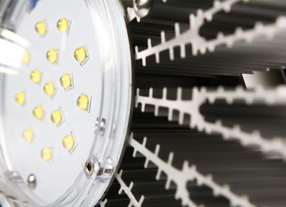 LED Hallenleuchte Aura