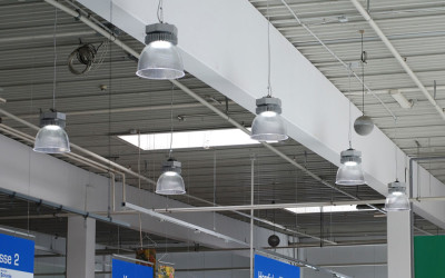 Aura-LED-Pendelleuchte-Supermarkt