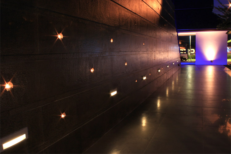 Brick LED Wandleuchte für Rampen und Fassaden