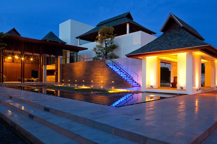 BrickD LED Wandleuchte für Rampen und Fassaden