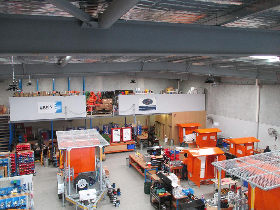 LED Hallenleuchte HiCloud Zigbee Referenzeinsatz in Hallen und Lager und Produktion