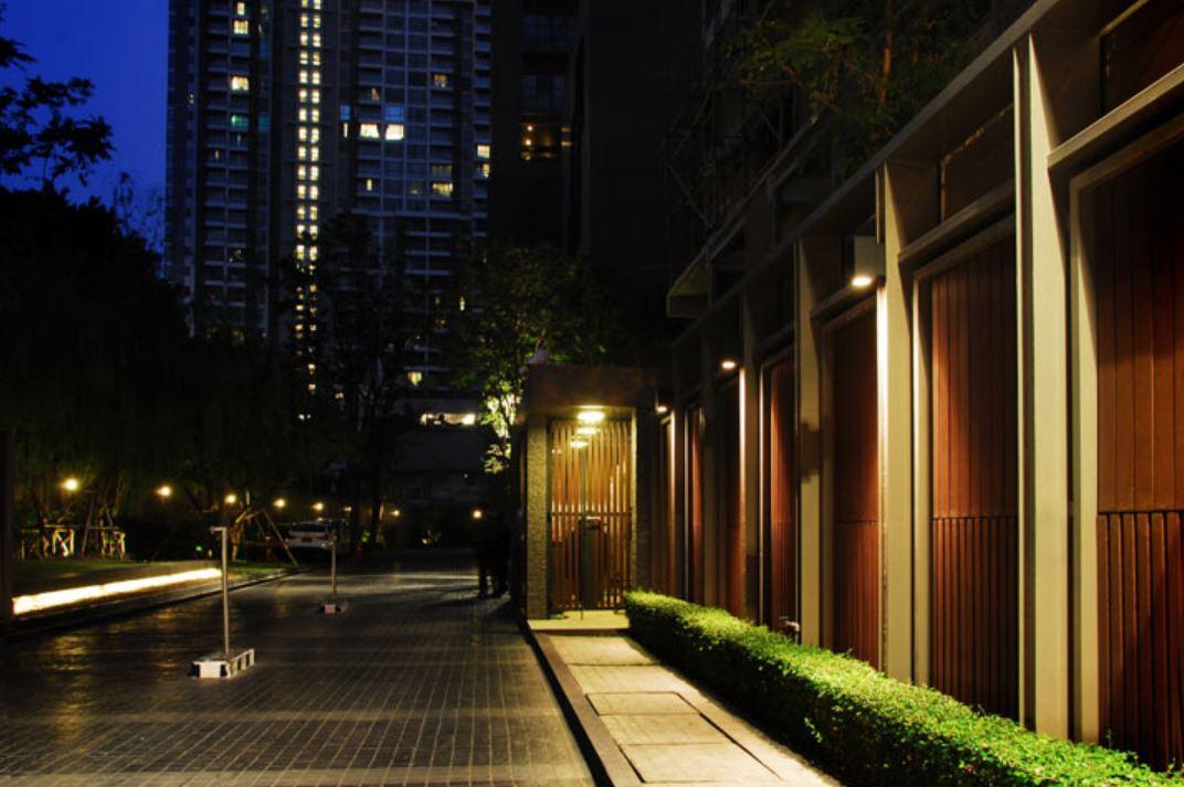 Core Core LED Wandleuchte einseitig und beidseitig strahlend