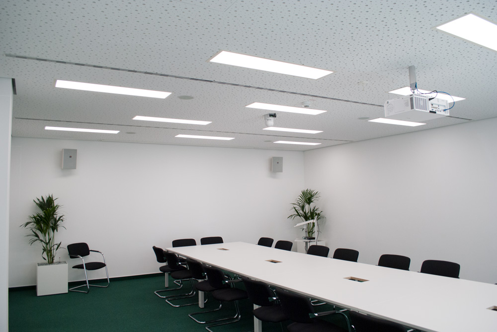 LED Panel Mero in Gipskartondecke