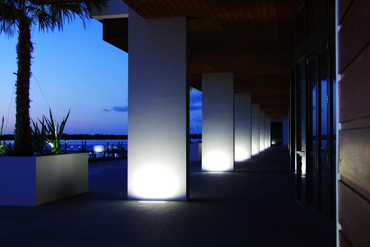 Saber LED Bodeneinbauleuchte Fassadenanstrahlung